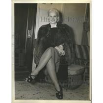 1939 Press Photo Mrs. Edith Rogers Dahl On Her Arrival From Europe - sbx09585