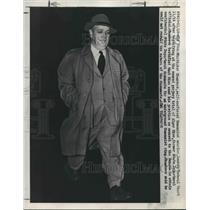 1949 Press Photo Whittaker Chambers, Former Communist Spy, After Questioning
