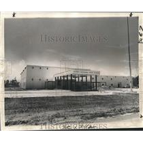 1974 Press Photo Exterior View of the Alfred Bonnabel High School in Jefferson
