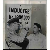 1941 Press Photo Arthur Weinfeld Million Person Drafted Since Start of Korea War