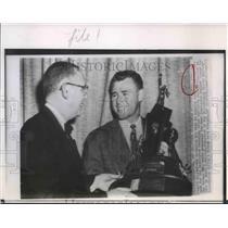 1951 Press Photo Eddie LeBaron ex Marine gets Most Courageous Athlete trophy