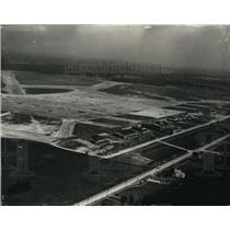1941 Press Photo Cleveland Airport - cvp81539