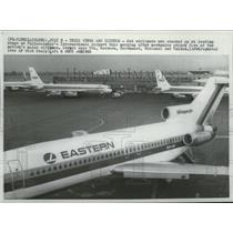 1966 Press Photo Eastern Jet airliner at Philadelphia International Airport