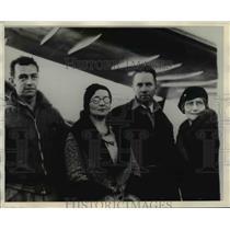 1931 Press Photo Pilots Pangburn (L) & Herndon after record Japan to U.S. flight