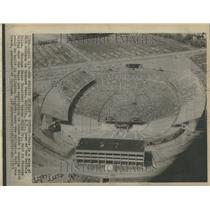 1975 Press Photo Buffalo Bills Rich Stadium Orchard - RRV96525