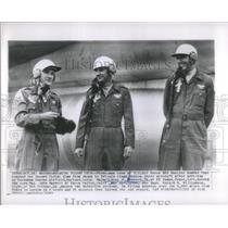 1963 Press Photo Major Sidney Kubesch & Record Flight- RSA43651