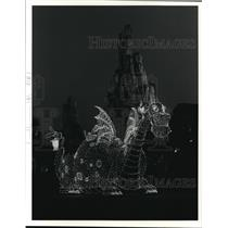 1981 Press Photo Pete's Electric Dragon at Disney's Main Street Electrical Parad