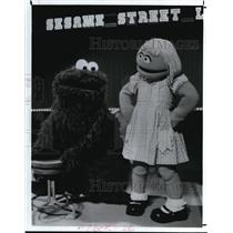 1983 Press Photo Cookie Monster and Prairie Dawn in Sesame Street Live.