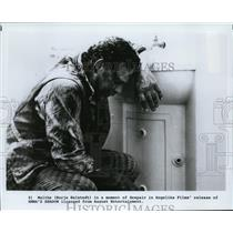 1990 Press Photo Borje Halstedt in one of the scenes in the movie EMMA'S SHADOW