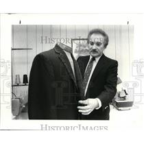 1983 Press Photo Jerry Molli, tailor - cvb13424