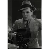 1933 Press Photo Actor Eric Linden - RRW78641