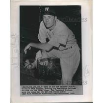 1950 Press Photo Gene Bearden Wearing His Washington National Baseball Uniform