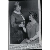 1968 Press Photo Anne Sullivan and Helen Keller. - spw06350