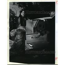 1991 Press Photo Mrs. Yasho Bahnsali and Limo Driver Lloyd Pittman, New Orleans