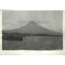 1928 Press Photo Picture of Mt Mayon in Western Albay Province, Philippines