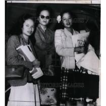 1946 Press Photo Catherine, Lourette & Mary Jane Soong, arriving in New York.