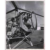 """1963 Press Photo Barbara Guidry Inside New Compact """"Skyway-Flivver"""" Helicopter."""