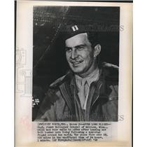 1949 Press Photo Capt. James Gallagner smiles after landing his B-50 bomber