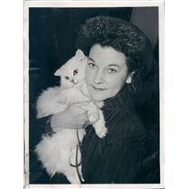 1940 Press Photo Parisian Film Screenwriter & Author Marion Dix Bromley