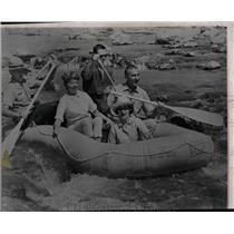 1966 Press Photo Mrs Lyndon Johnson shoots the rapids - RRW06943
