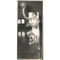 1952 Press Photo A Lanier High basketball player attempts a shot - sas01861