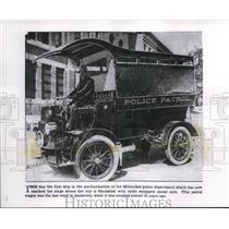 1912 Press Photo First motorized patrol wagon in 1912 of Milwaukee police force.