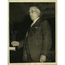 1933 Press Photo Union Head Thomas F McMahon Addresses NRA Textile Workers