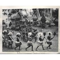 1948 Press Photo A native ceremonial dance in Papua New Guinea - mjb69256