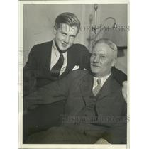 1932 Press Photo Ross McDiarmid Reunited with Father after Running Away
