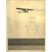 "1932 Press Photo Airplane ""American Nurse"" bound for a non stop flight to Rome"