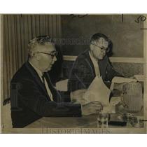 1961 Press Photo Aviation Officials at New Orleans Hearing - noo08135