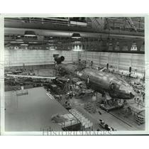 1970 Press Photo Final assembly of DC-10 at McDonnell Douglas Corp., California