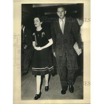 1943 Press Photo Grace Buchanan Dineen named as spy leader by Federal Agents