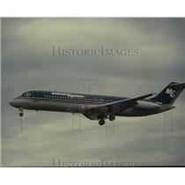 1993 Press Photo Midwest Express Airlines Plane. - hcx11490