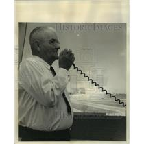 1965 Press Photo Hugh B. Erminger, supervisory air traffic control specialist