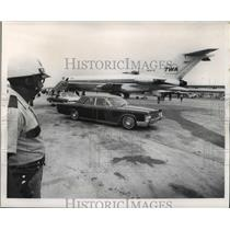 1968 Press Photo American Legion National Convention in New Orleans at Airport