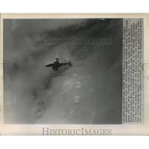 1960 Press Photo U.S. Navy WV-2 Hurricane Hunter Plane flew over Hurricane Donna