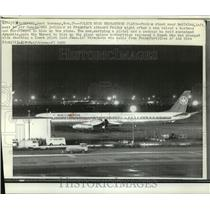 1972 Press Photo Air Canada DC8 Jetliner Involved in Hostage Standoff, Frankfurt