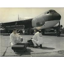Press Photo Flight Line-Crews of the Logistic Command - sba27135