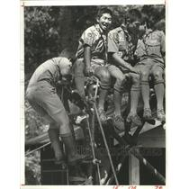 1982 Press Photo Japanese Boy Scout Troops Show Their Strength on Stilt Tower.