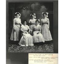 1909 Press Photo Graduating class of St. Mary's Institute - mjb88758