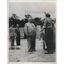 "1952 Press Photo Member of ""FDJ"" and Wilhelm Pieck, Soviet sector of Berlin"