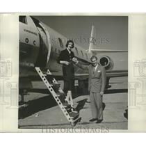 1958 Press Photo Sen Mike Monroney D of OK & Miss Civil Aviation D Golladay