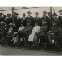 1921 Press Photo Ambassador Geddes and guests watch Columbia Club Tennis Match