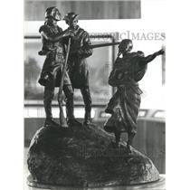 1974 Press Photo Lewis & Clark & Sacajawea Bronze Cowboy Hall of Fame Statue.