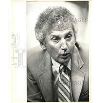 1983 Press Photo San Antonio Spurs basketball coach Stan Albeck - sas03457