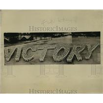 1918 Press Photo Victory spelled out by Naval Reserves at Pelham Bay - nem51400