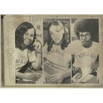1971 Press Photo Student College Rent Kid Teenager Job - RRV59969