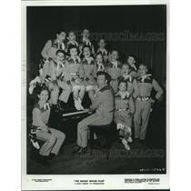 """1976 Press Photo Jimmie Dodd with the Mouseketeers in""""The Mickey Mouse Club"""""""