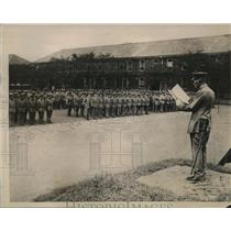 1922 Press Photo Commander of 13th Japanese Division reads disbandment orders